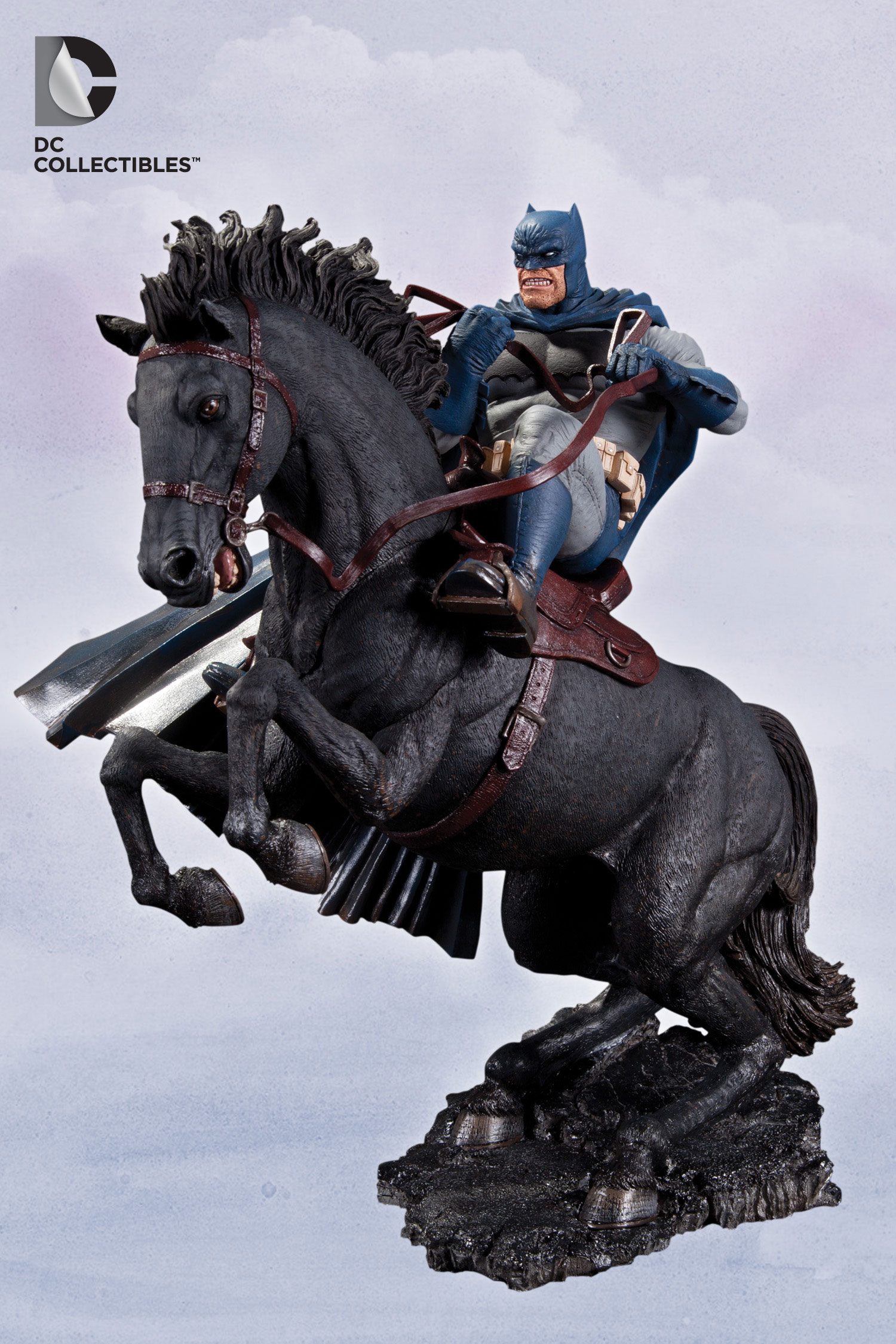 The Dark Knight Returns: A Call to Arms Statue