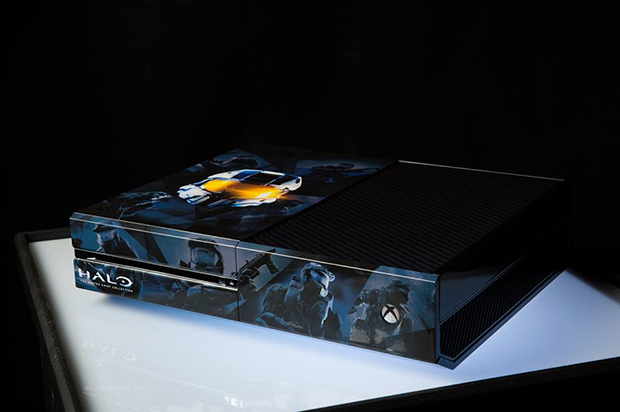 Collectible Xbox One Halo Edition
