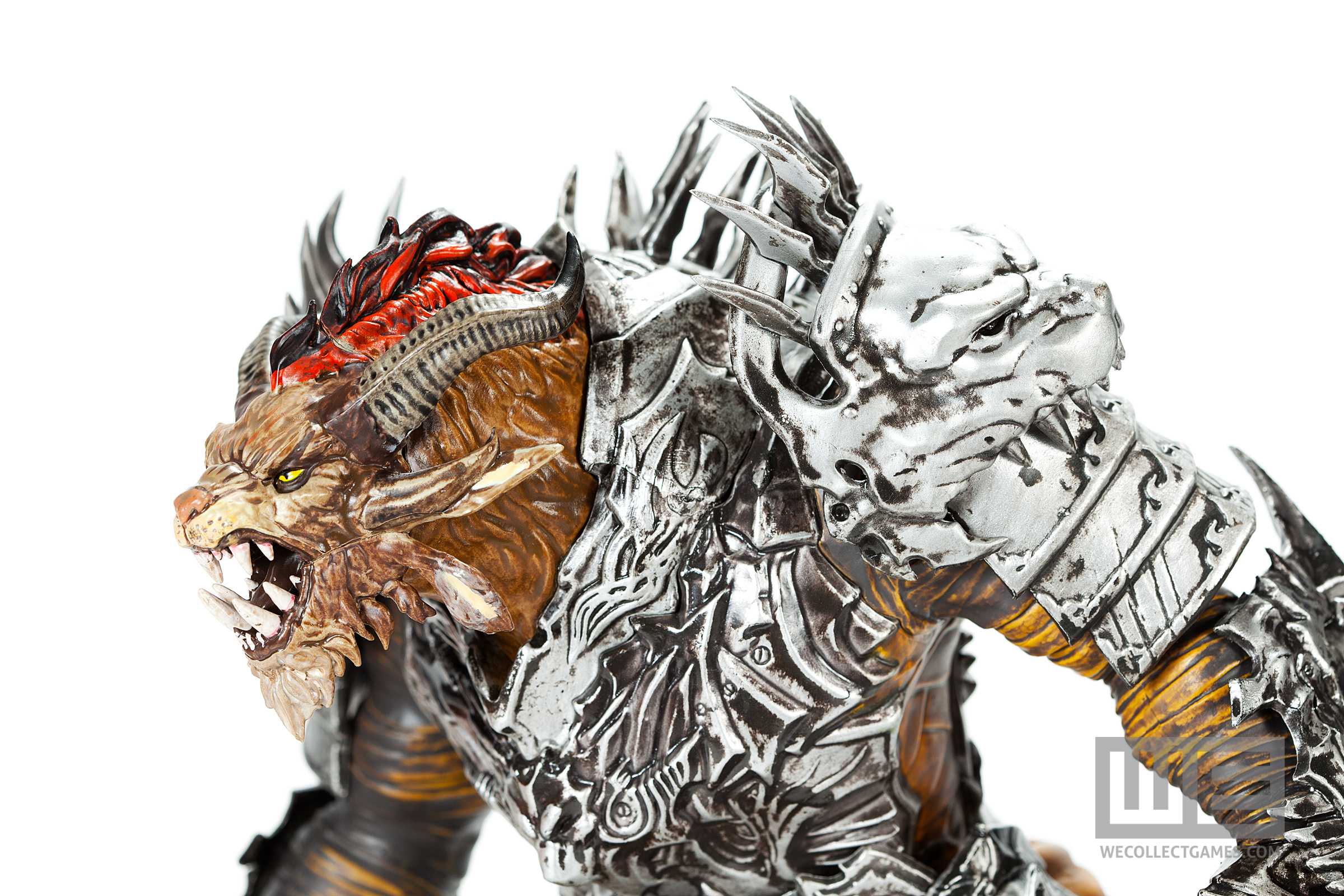 Guild Wars 2 Collector's Edition Statue