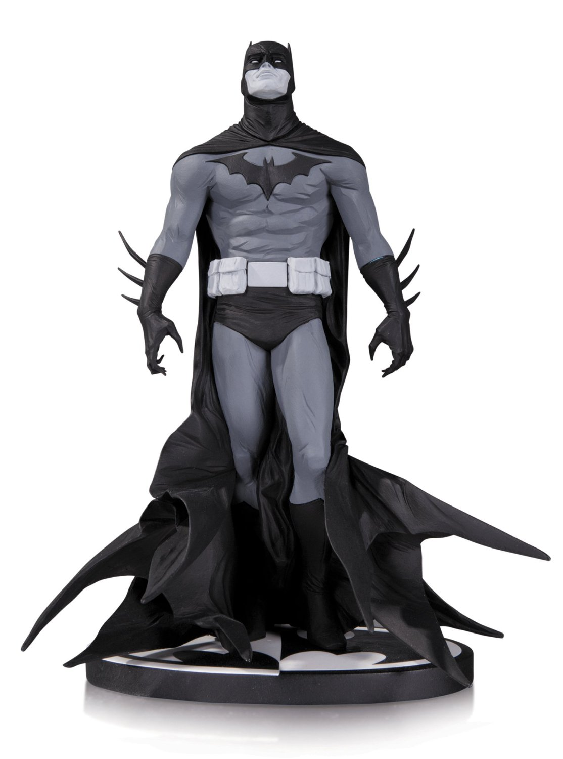 Batman: Black & White Statue by Jae Lee