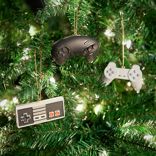 Classic Video Game Controllers Ornament Set